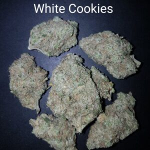 82424330 White Cookies AAAAA Quad strain Weed Bud Dispensary weedmaps Canna West CannaWest Toronto GTA Greater Area Etobicoke North East York Downtown cannabis special delivery